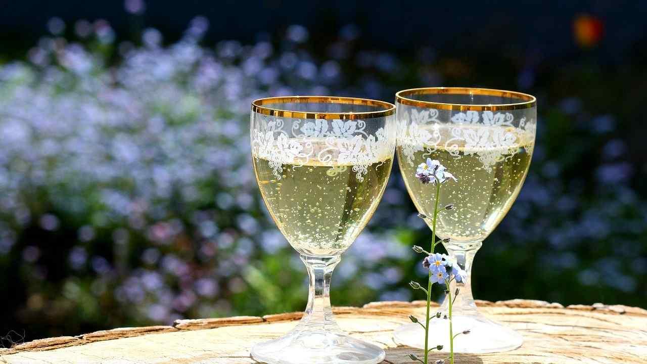 シャンパンカクテルの画像