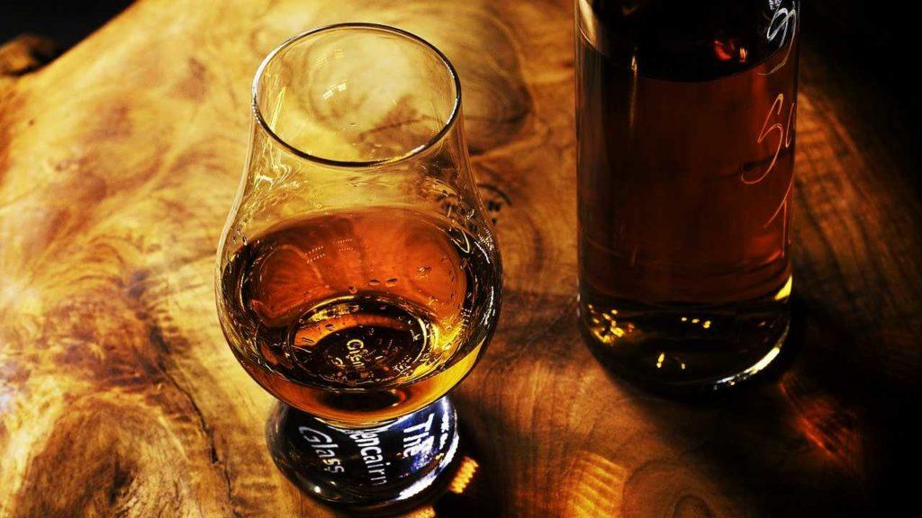 ウイスキーの画像