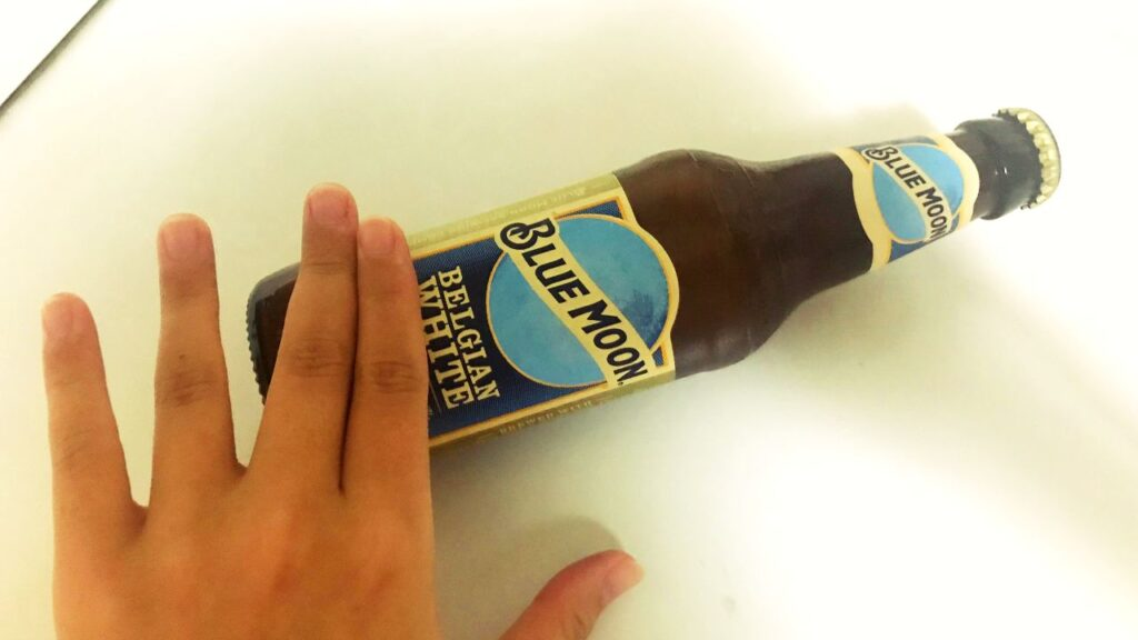 ブルームーンビールの画像
