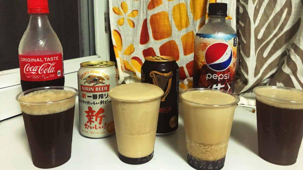 コーラと黒ビールの画像